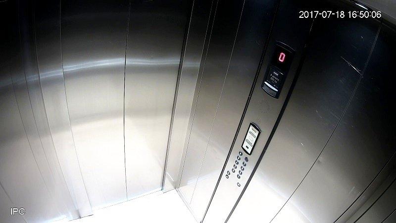 Зачем видеонаблюдение в лифте?